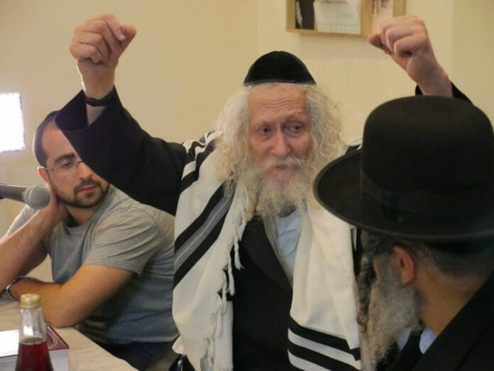 Speaking to Am Yisrael