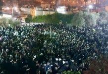 A crowd of Rabbi Berland's followers at a prayer gathering in Hevron