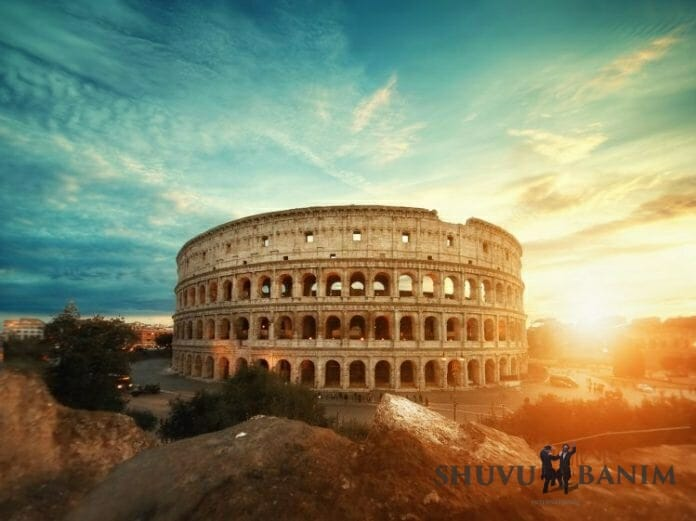 Sunlit picture of the Colosseum in Rome
