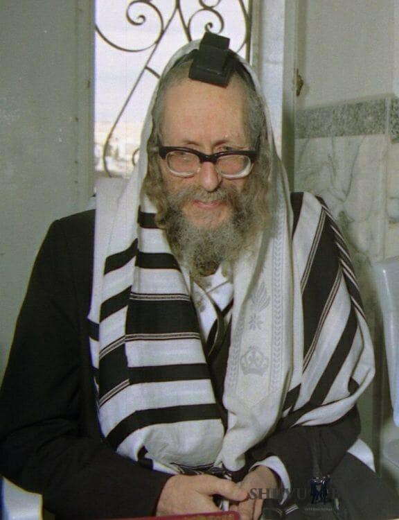 Rabbi Berland at Yeshiva